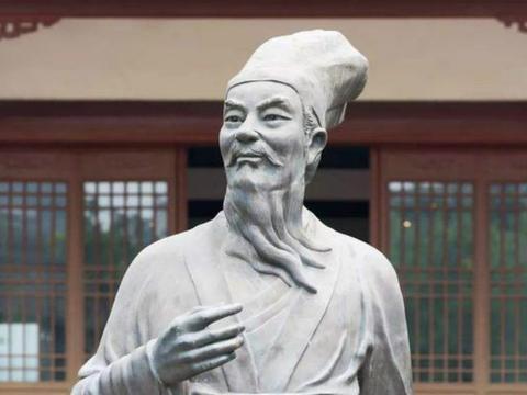 苏轼这首词化用了几位诗人的名句,但是不露痕迹,表现手法很高明