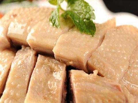 早晨去买菜,发现鸡鸭肉真便宜,如此怎能错过,想到了几道美食