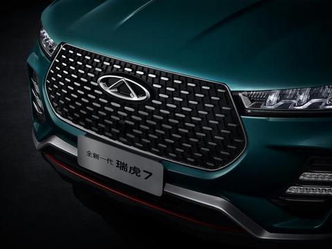 小奥迪Q3走红了,5月份卖出4546辆,发动机国内顶级,不足8万起