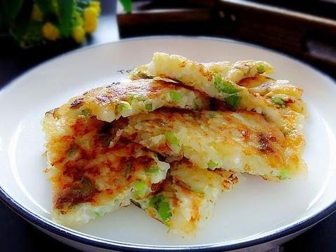 10分钟上桌的早餐饼,剩米饭的好去处,焦脆又暄软,百吃不厌,香