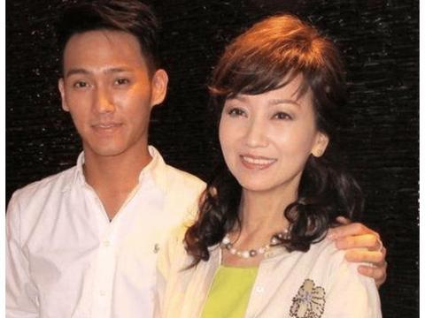 赵雅芝为了儿子全程护航,如今33岁了,除了帅啥也不剩