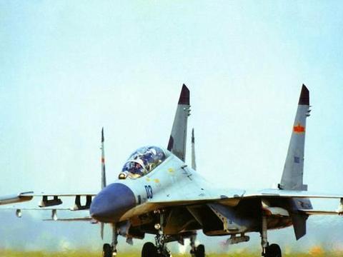我国苏27战斗机开始陆续退役,那苏30是继续升级服役还是退役呢?