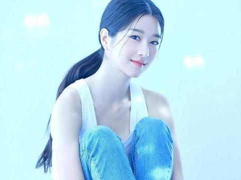 韩剧《虽然是精神病但没关系》热播,女主徐睿知旧照曝光吓坏网友
