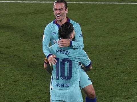"""梅西在现场开班教学!1次突破带走3名球员,对手中了他""""圈套"""""""