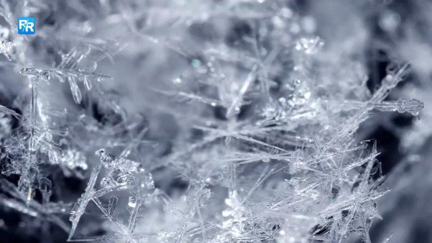 冰川下潜水是刺激还是恐惧 ?一起感受真正的冰山一角!