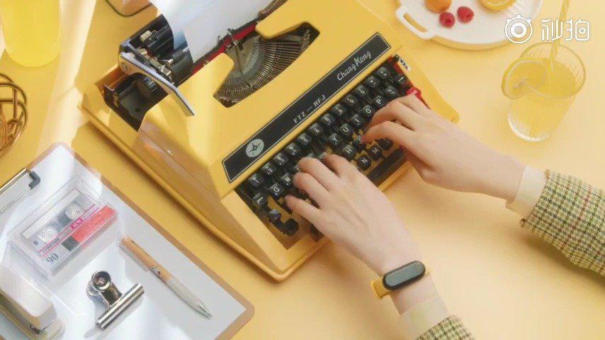 文艺小清新+青春缤纷色彩,这样主题的小米手环5你爱了吗?