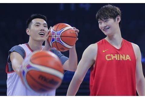杜锋运气不错,中国男篮冲击奥运会迎重大突破,好消息不断