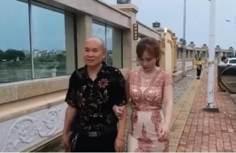 中国50岁大叔去缅甸,娶回来当地24岁姑娘,现在生活怎么样