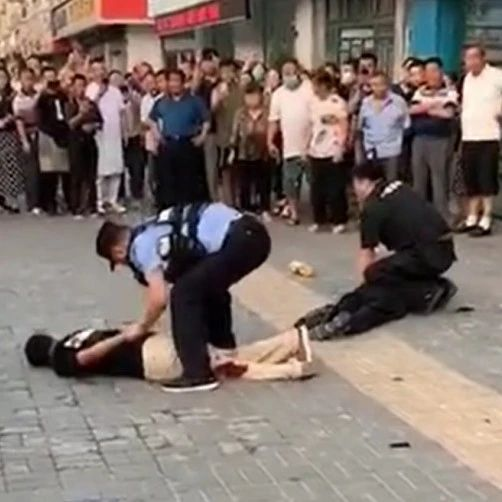 2名警员牺牲,一名嫌犯劣迹斑斑,曾6次获刑,3次涉强奸罪