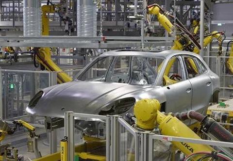 为电动汽车生产做准备 保时捷莱比锡工厂新车间完成外部施工