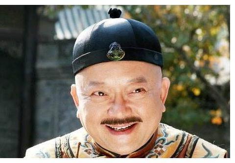 王刚在北京的豪宅曝光,乾隆爷的宝贝亮相!网友感叹:现实版和珅