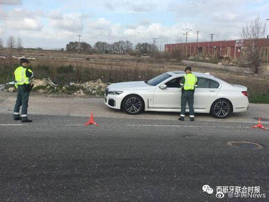西班牙一男子无照驾驶近20年,曾因数起伪造文件罪名遭通缉