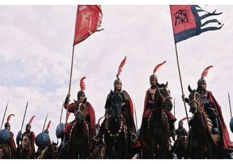 在古代战场上,扛帅旗的士兵没啥没人攻击?其实,原因没那么简单