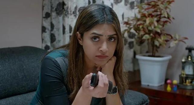 《法医追凶》:这部印度悬疑片真香,漏洞百出却仍是佳作