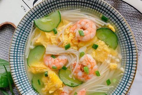 暑节气吃什么好,时令蔬菜最养人,8款蔬菜汤要多吃,清热消暑