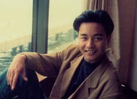 1993年,张国荣遇见程蝶衣,可能才是他人生最大的错误!