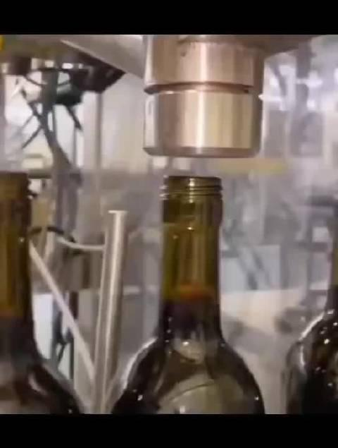 """我们喝葡萄酒时为什么要""""醒酒(换气)""""?"""