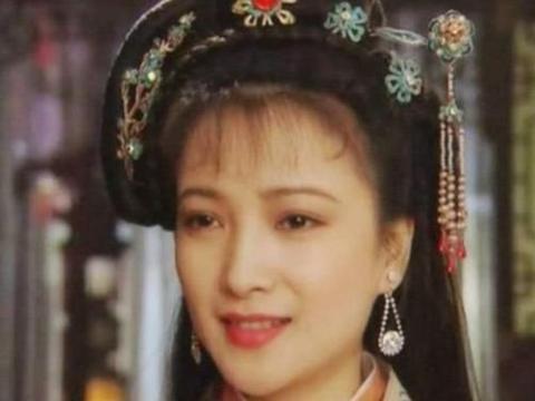与刘威相恋5年,嫁给3婚的影帝许亚军,17年过去她怎么样了?