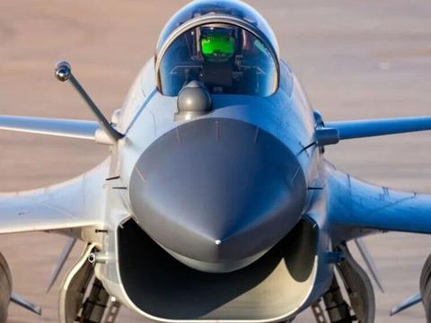 宁愿四处求购二手F16,巴铁也不选歼10C战机,原来我们被误导了