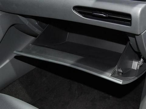 看腻了德系车就选它,空间宽敞动力强,1.5T匹配7挡双离合