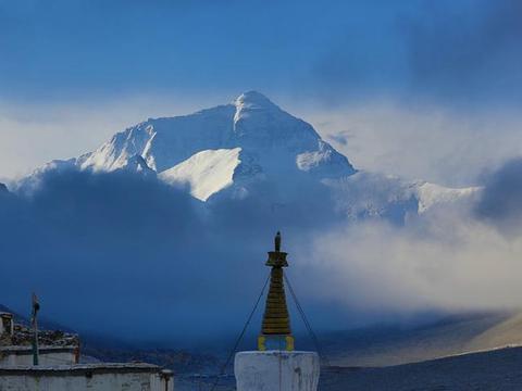 """世界上海拔""""最高""""的寺庙,位于珠峰脚下,曾是僧人尼姑同居寺"""