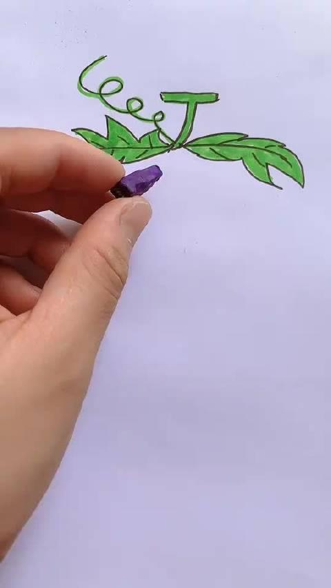 眼睛学会了手没学会系列,用粉笔画一串葡萄