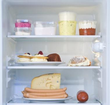 你家有废旧不用的冰箱吗?简单改造放家里,家里人都夸聪明