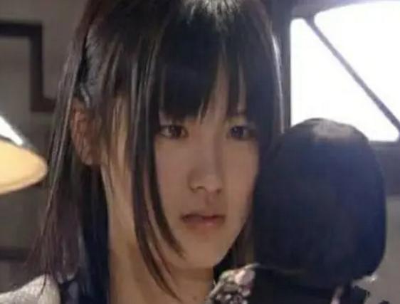她曾是日本第一萝莉,被无数人表白等她长大,近照曝光你后悔吗?