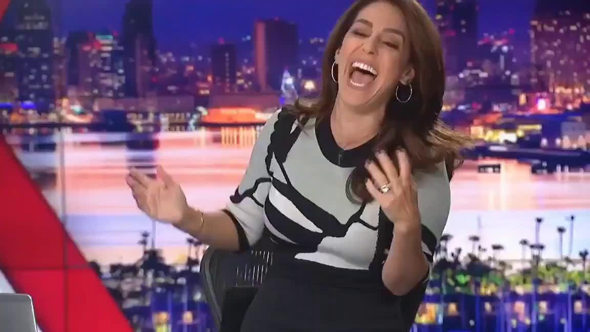 Fox 5 San Diego的早新闻主持人Shally Zomorodi是个伊朗裔……