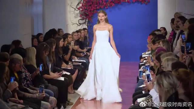 时尚T台秀:2020纽约时装周全新高端婚纱秀超模走秀……
