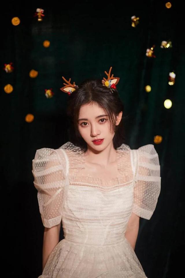 有一种美丽叫鞠婧祎素颜照,虽然换了一个模样,依然清新脱俗!