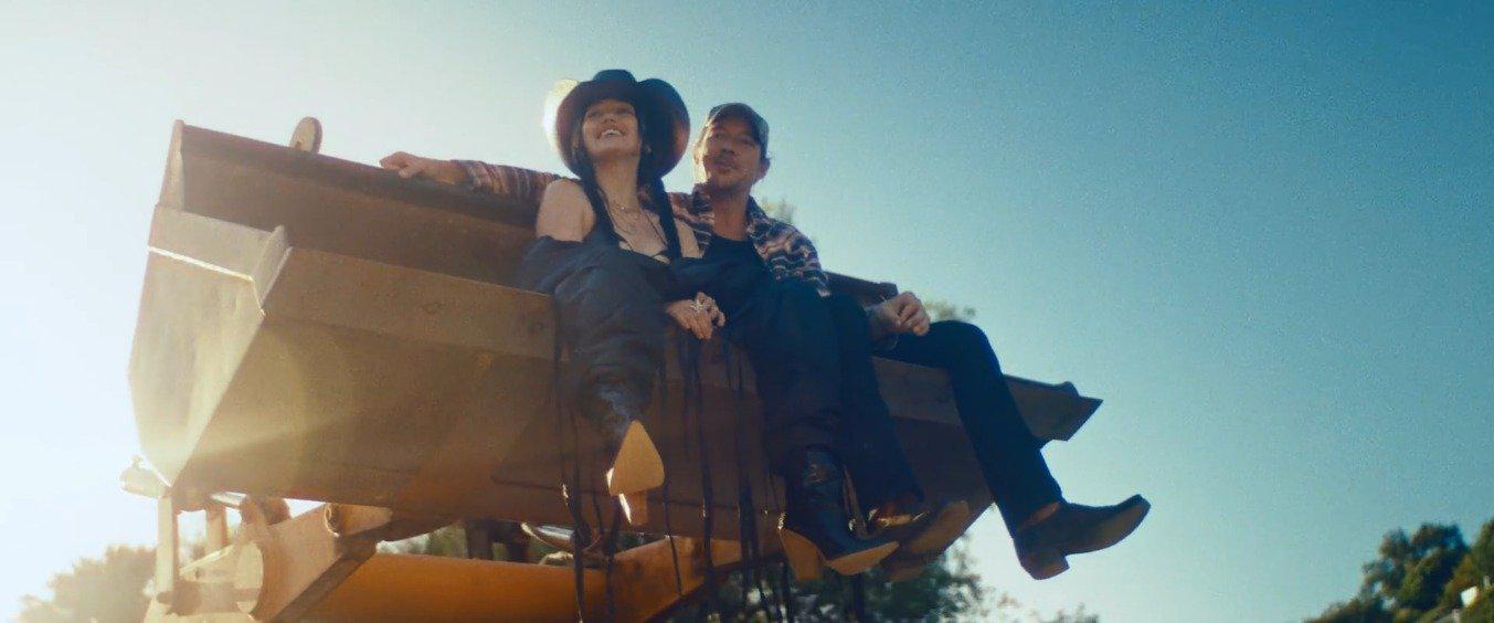 Diplo 联手麦莉妹 Noah Cyrus 最新合作歌曲 On Mine 官方MV上线