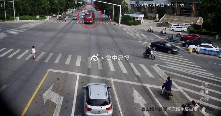 高考早高峰大货车路口逆行 交警视频侦查严厉查处
