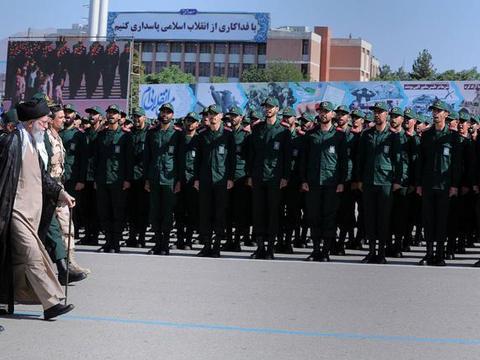 美军数十年部署被一网打尽,18名间谍全落网,伊朗下令判处极刑