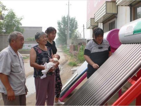 曾经太阳能热水器在农村颇受欢迎,如今却人人嫌弃,为啥?