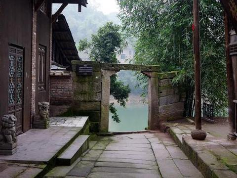 重庆被忽略的一座古镇,是重庆通往华莹古道上的一座工商古镇