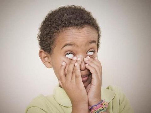 孩子偏爱恶作剧,放任忽视易酿大错,反应过激又正中下怀,怎么办