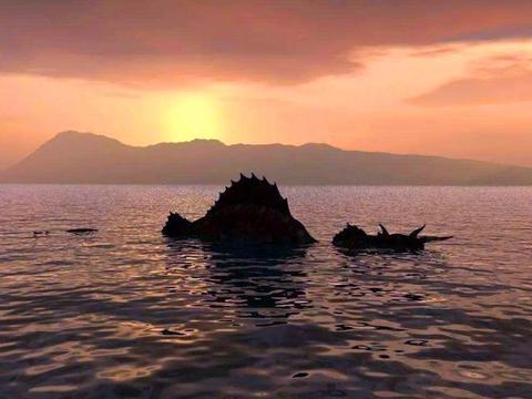 """终于拍到""""尼斯湖怪""""的清晰照片,这就是每年创收3亿元的水怪?"""