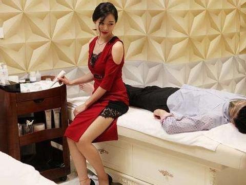 曾多次饰演张嘉译的老婆,多次合作仍没红,如今却被张国立带火!