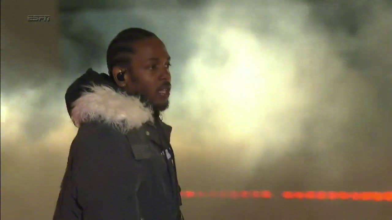 Kendrick Lamar喇嘛 NCAA季后赛中场秀表演《DNA》、《Element》