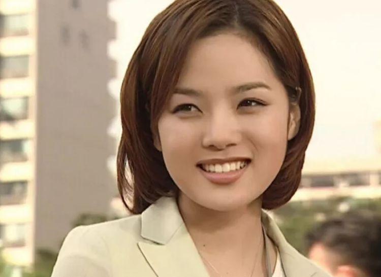 蔡琳二婚远嫁中国,6年后戴着尾戒,一人带着儿子回韩国生活了