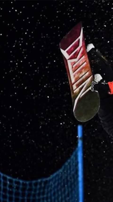 黑人小哥超强创意,惊呆解说员! 单板滑雪
