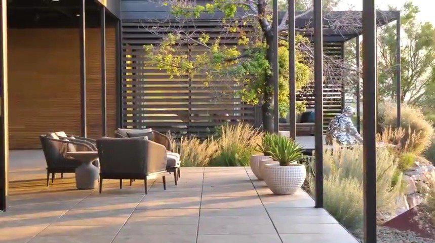 沙漠圣地和建筑杰作,拉斯维加斯超现代主义豪宅