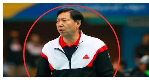 王宝泉明年退休!魏秋月和陈友泉,谁更合适执教天津女排?
