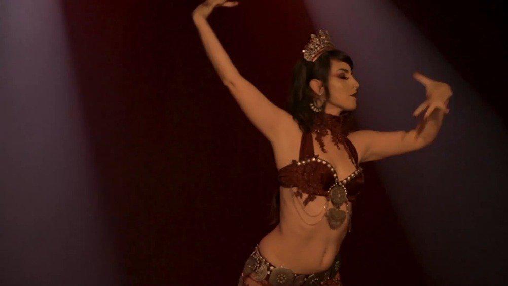 Joline Andrade 2019年带来的一段部落风融合舞In My Own Time