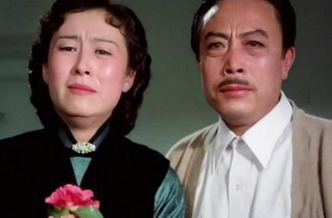 """20年前母亲惊艳""""全球影坛"""",20年后女儿被称为""""亚洲最美'"""