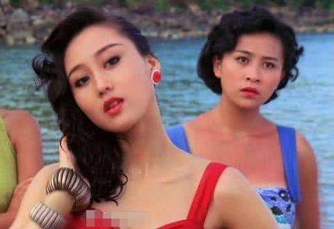 """李连杰女儿有多美?16岁扮相超性感,完美遗传利智""""魔鬼身材"""""""