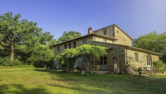 Airbnb邀请十位意大利居民免费入住乡村别墅,把《十日谈》变为现实
