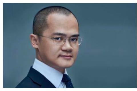 800亿大富豪炮轰中国足球,黄健翔公开反驳:三大理由证明你不懂