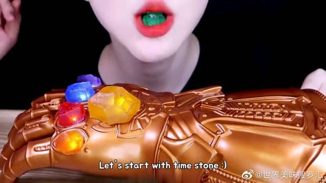 大胃王美食吃播,外国妹子把灭霸的无限宝石都给吃完了